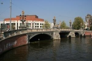 Blick auf die Oper von Amsterda