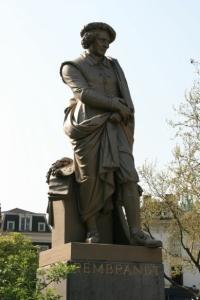 Statue von Rembrandt