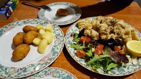 Mittagessen in der Café Bar Las Catacumbas Mesón / Alcalá la Real