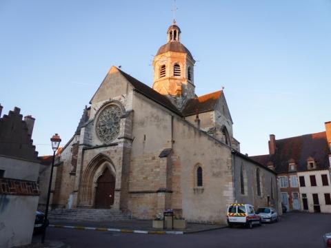 Die Kirche  Saint Martin von Seurre