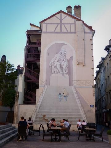 Place du Théâtre in Chalon-sur-Saone