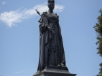 Queen Victoria vor Parlament