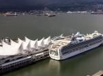 Canada Place - die Segel sind eines der Wahrzeichen von Vancouver