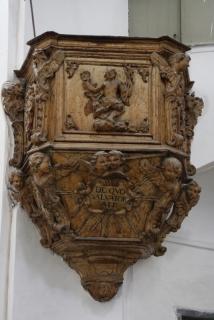 Die Kanzel der Église St-Jean Baptiste in Calvi
