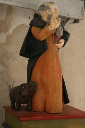 Statue in der Betkapelle der Bruderschaft des Hl. Antonius