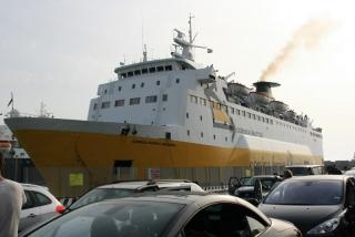 Anreise mit der Fähre von Livorno