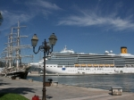 Schiffe an der Mole von Ajaccio