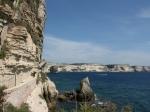 Blick auf die hohen Kalksteinklippen von Bonifacio