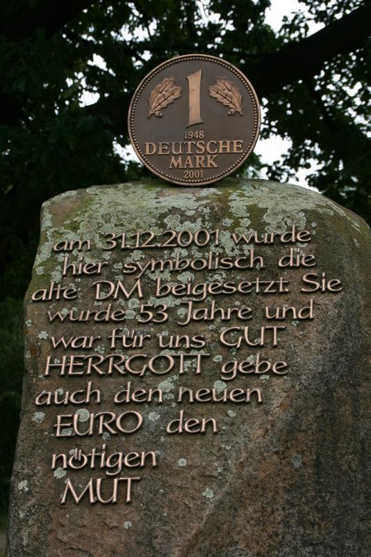 Ein Denkmal für die D-Mark