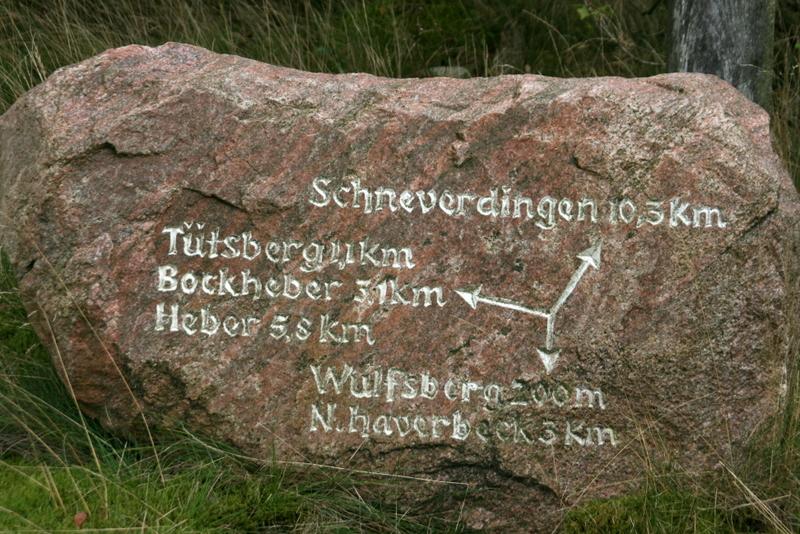 Wegweiser nach Wulfsberg
