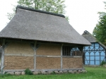 Alte Häuser im Museumsdorf Hössering