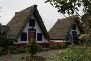 Die berühmten Santana-Häuschen