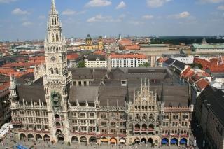 Das Neue Rathaus von oben