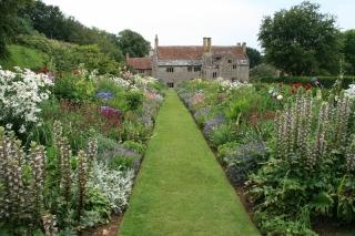 Mottistone Manor Garden