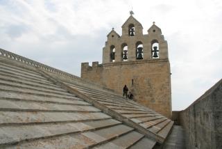 Am Dach der Wehrkirche von Saintes Maries-de-la-mer