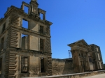 Die Mauern des Cateaus in La Tour-d'Aignes