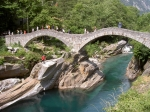Brücke Ponte dei Salti bei Lavertezzo