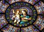 Rosettenfenster in der Kathedrale San Lorenzo